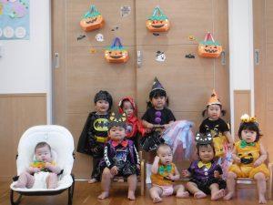 ハロウィンの仮装パーティー